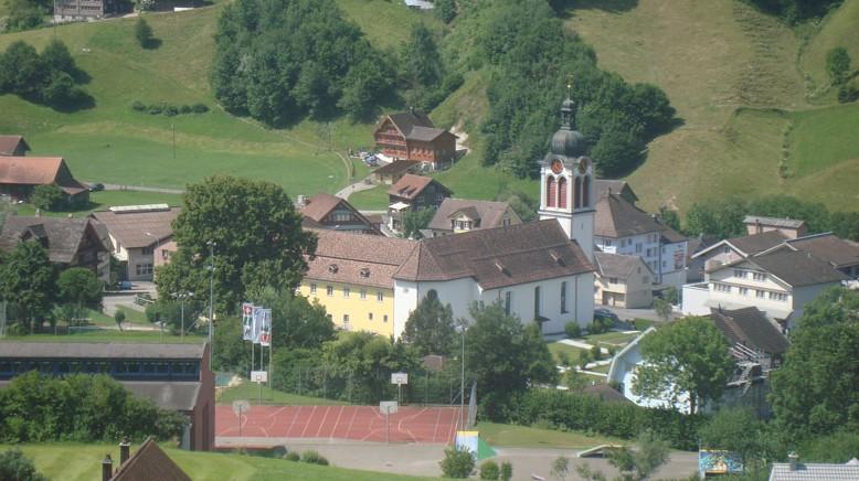 Katholische Kirche St. Peterzell